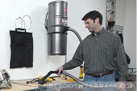Hoover GUV Wall Vacuum
