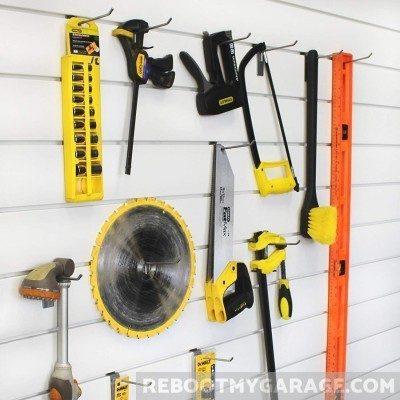 Tools hanging on Proslat 13002 hooks