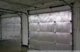 Reflective non-fiberglass garage door insulation kit