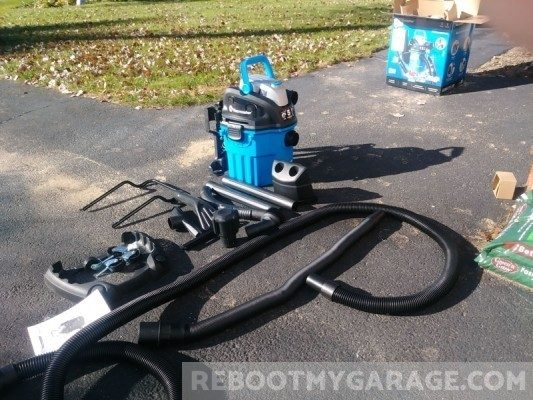 VacMaster VWM510 assembly: Two hoses, two extension wands and pickup tools