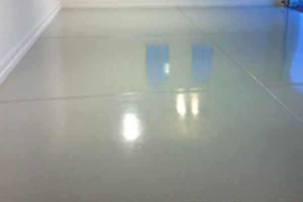 Shiny Garage Floor