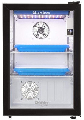 Bloom Boss Grow Box ventilation