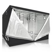 LA Garden Grow tent doors open