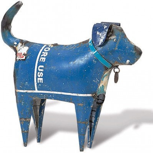 Recycles metal dog sculpture, blue