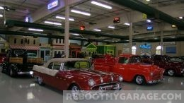 1950 Chevrolete garage