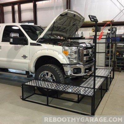 Repair bay garage