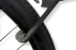 The Koova 3-bike mount hooks put a lot of hook surface round the tire.